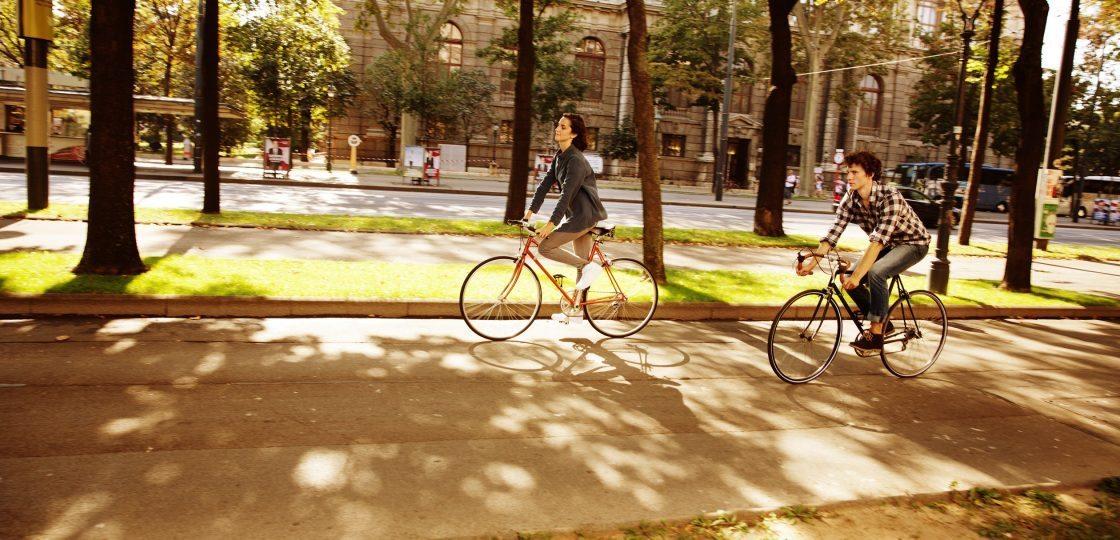 WienTourismus - Radfahren am Ring Sans Souci Wien