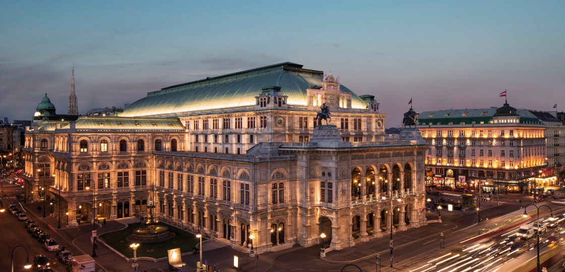 Sans Souci Wien Sightseeing-c-WienTourismus Christian Stemper Wiener Staatsoper