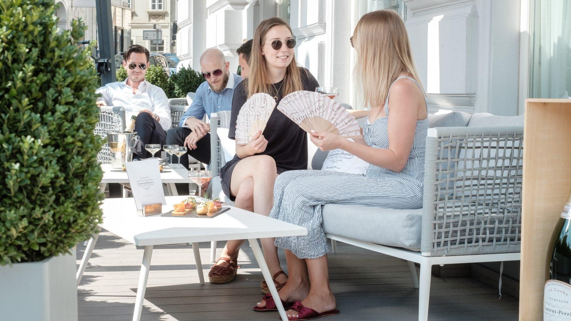 Laurent Perrier Sommer Lounge LE BAR Sans Soucui Wien -c- Stefan Gergely.jpg (4)