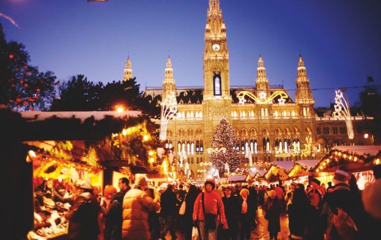 Wien, Christkindlmarkt, Rathausplatz, Copyright www.peterrigaud.com
