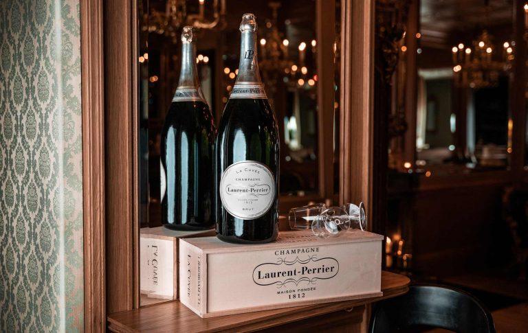 Doppelmagnum LP low (C)_ Raphael Berthold_Freitag Event Wien Champagner
