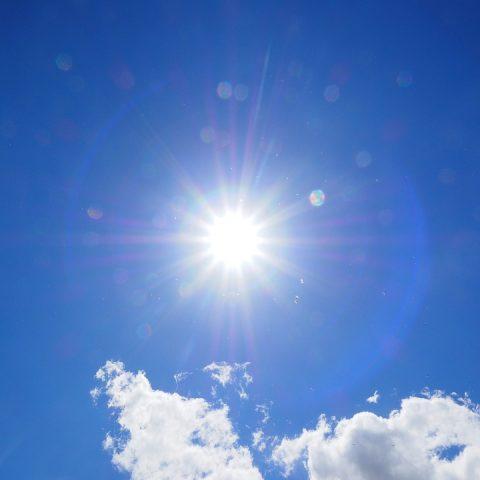 blauer himmel sonne Sommer in Wien Spa