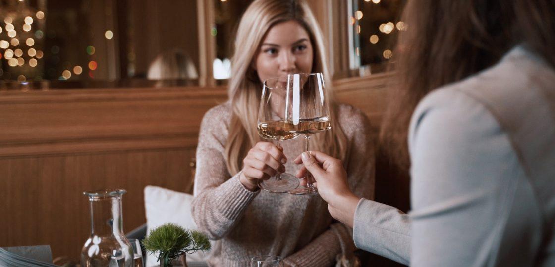 Champagne Tasting Mädels 2_LOW_ (C) Raphael Berthold_Bar Wien Event