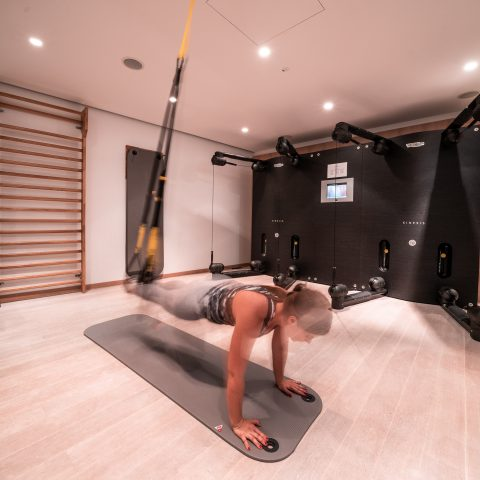 Spa Gym 6_LOW_C_Raphael Berthold_TRX_Fitness_Wien